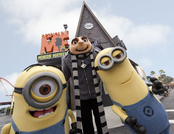 Minions from Despicable Me at Universal Studios