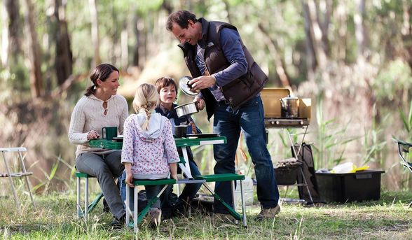 Echuca and Moama are perfect spots for a picnic in the countryside