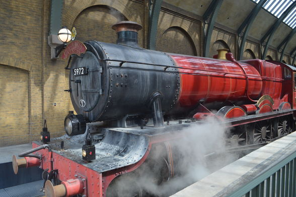 All aboard! The Hogswarts Express transports passengers from Diagon Alley to Hogsmeade at Universal's Islands of Adventures. (©Laura Anders Lee)